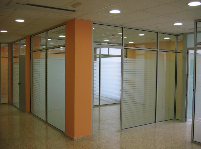 Aluminio palma de mallorca materiales de construcci n for Muebles oficina mallorca
