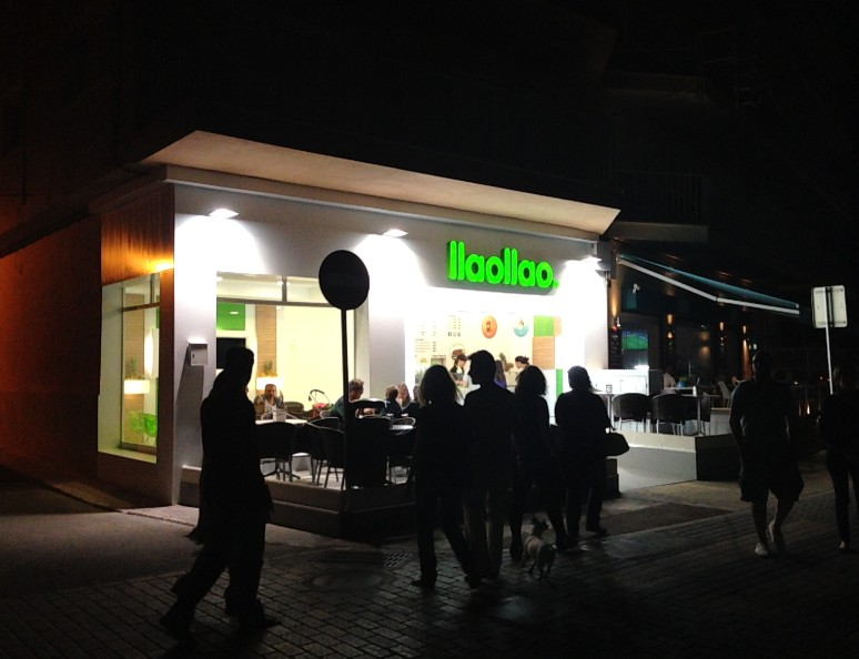 reforma-local-llaollao-yogurt-helado-molinar (8)