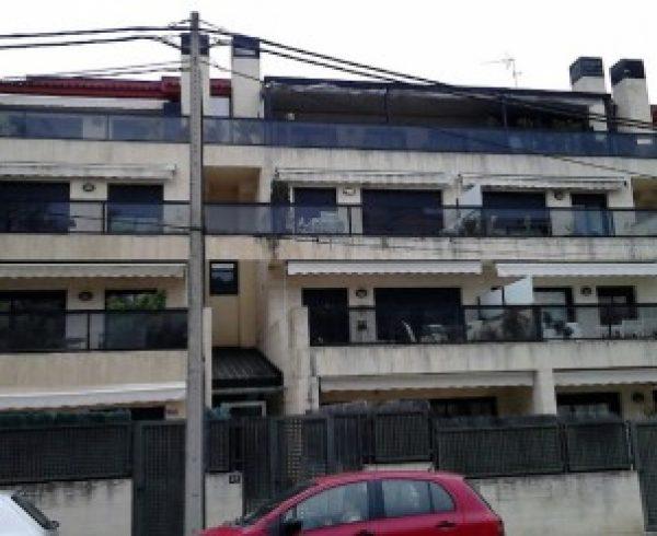 A restaurar la fachada con trabajos verticales ac fachadas for Trabajos verticales en palma