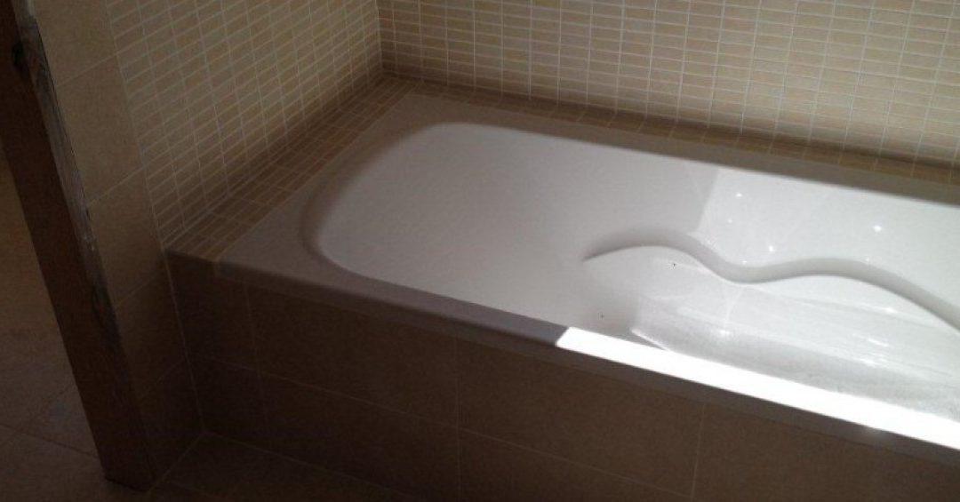 Trabajando para reformar un baño en Llucmajor