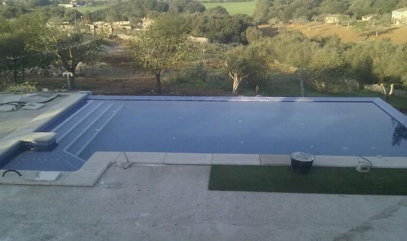 Construir una piscina de obra en Mallorca