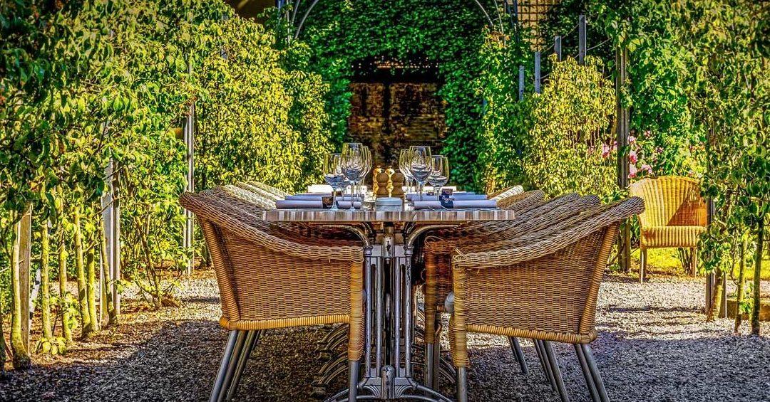 Un comedor exterior ideal para disfrutar en verano